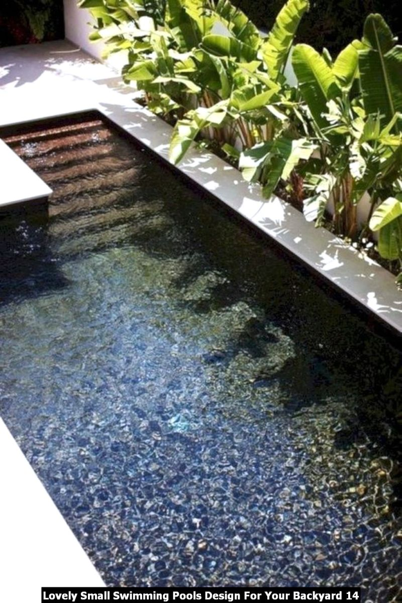 Lovely Small Swimming Pools Design For Your Backyard 14