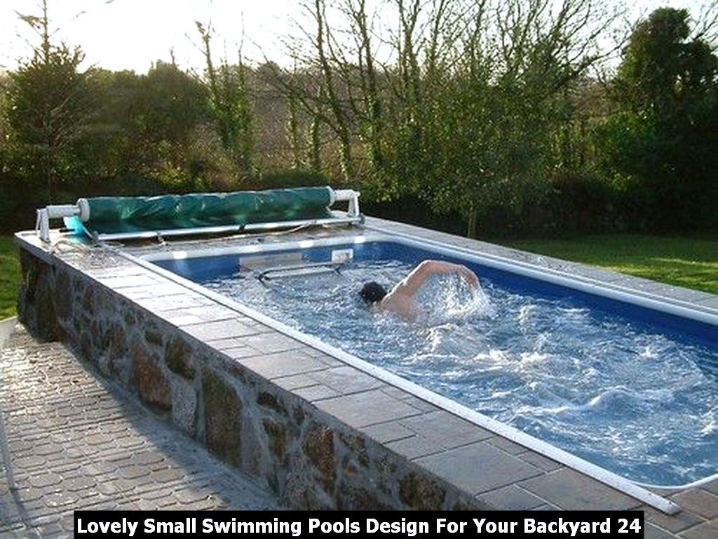 Lovely Small Swimming Pools Design For Your Backyard 24