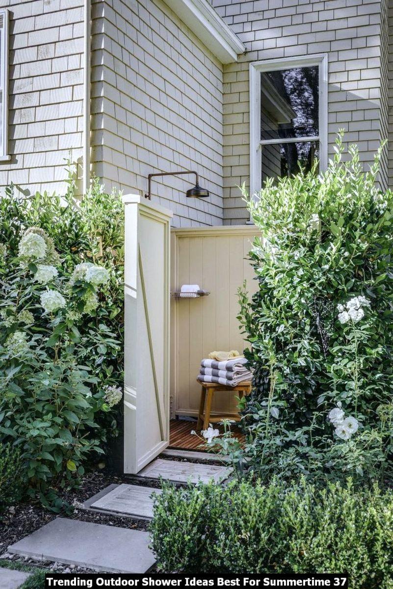 Trending Outdoor Shower Ideas Best For Summertime 37