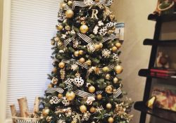 Black And Gold Christmas Tree