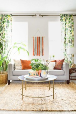 Affordable Living Room Summer Decorating Ideas 25