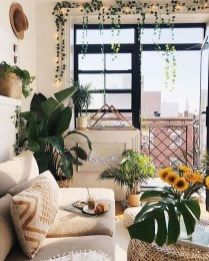 Affordable Living Room Summer Decorating Ideas 29