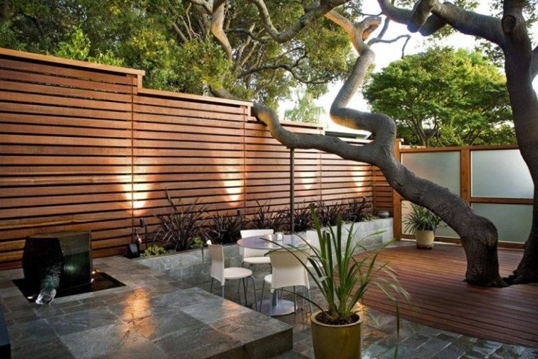 Captivating Fence Design Ideas That You Can Try 20