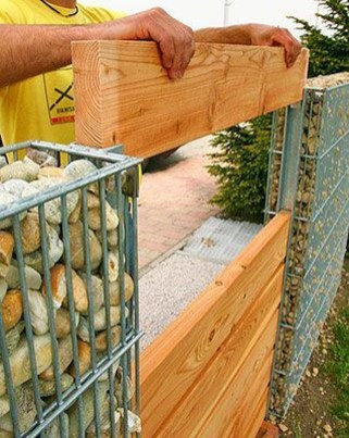 Captivating Fence Design Ideas That You Can Try 40