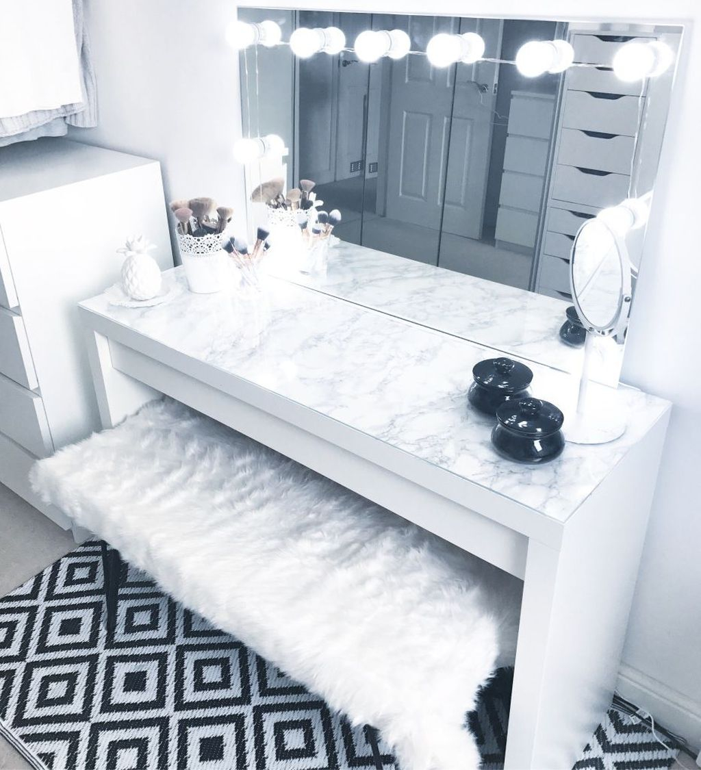 Casual Dressing Table Ideas In Your Room 22