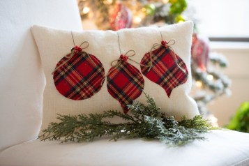 Adorable Pillows Decoration Ideas To Not Miss Today 01