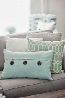 Adorable Pillows Decoration Ideas To Not Miss Today 06