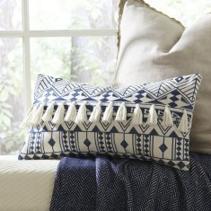 Adorable Pillows Decoration Ideas To Not Miss Today 14