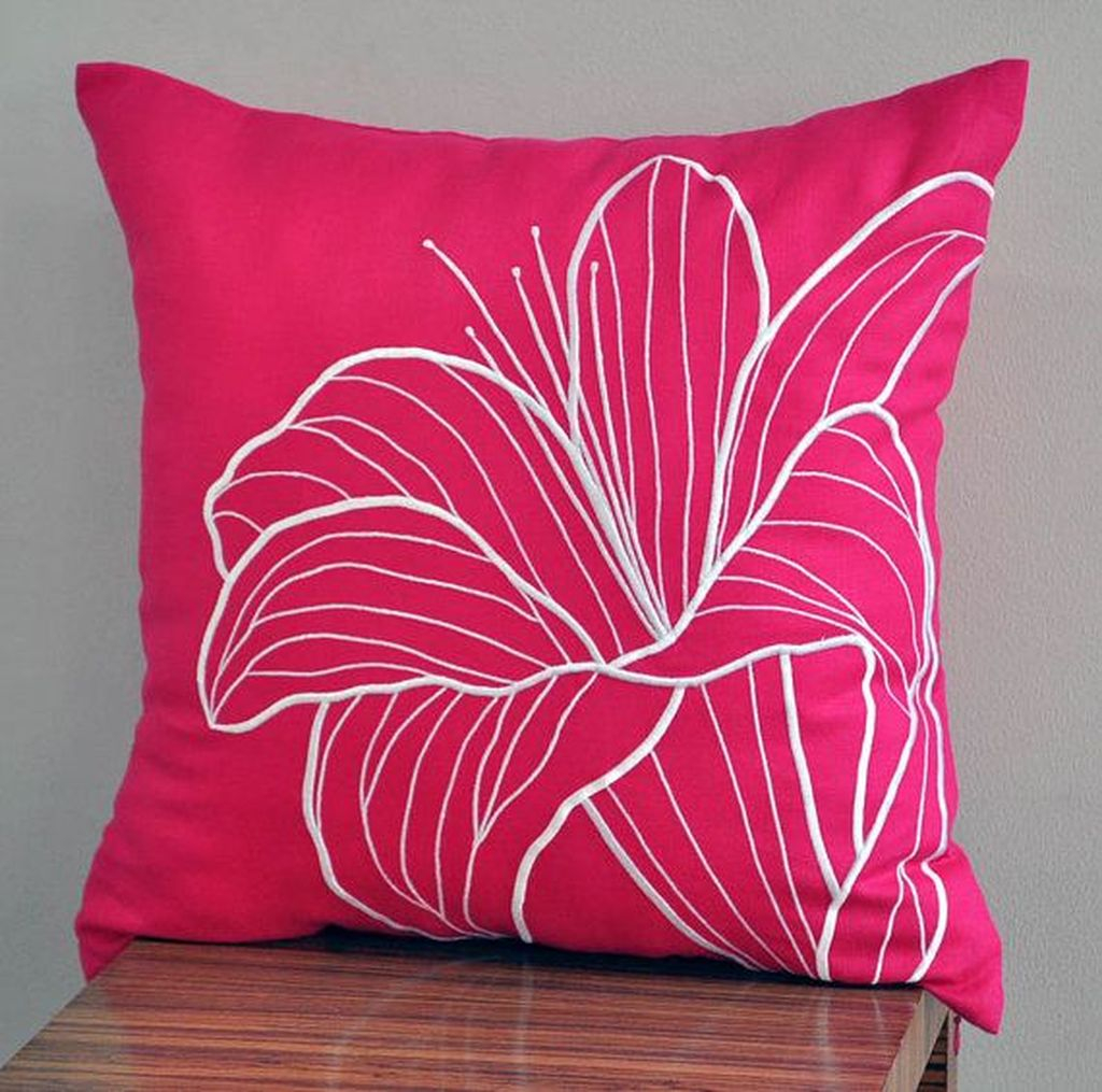 Adorable Pillows Decoration Ideas To Not Miss Today 39