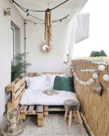 Amazing Bedroom Pallet Design Ideas 02
