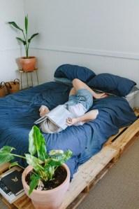 Amazing Bedroom Pallet Design Ideas 55