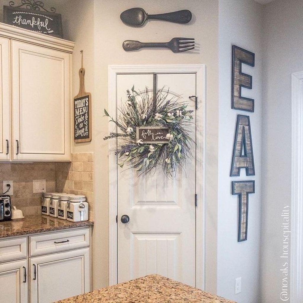 Amazing Organized Farmhouse Kitchen Decor Ideas 11