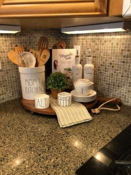 Amazing Organized Farmhouse Kitchen Decor Ideas 17