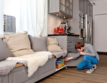 Casual Sofa Ideas With Storage Underneath For Small Space 22