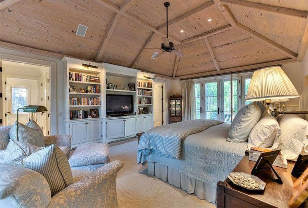 Cool French Country Master Bedroom Design Ideas With Farmhouse Style 33