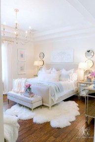 Lovely Bedroom Decor Ideas For Small Apartment 13