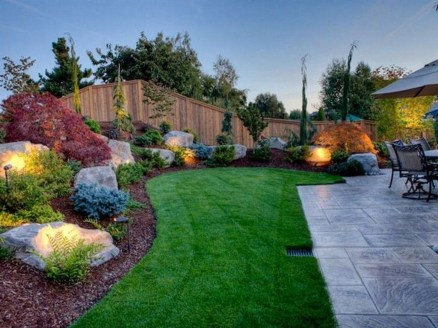 Pretty Frontyard Landscaping Design Ideas 42