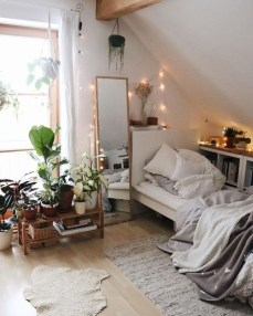 Stylish Bedroom Decoration Ideas For Your Apartment 05