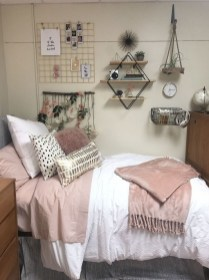 Adorable Dorm Room Design Ideas On A Budget 40