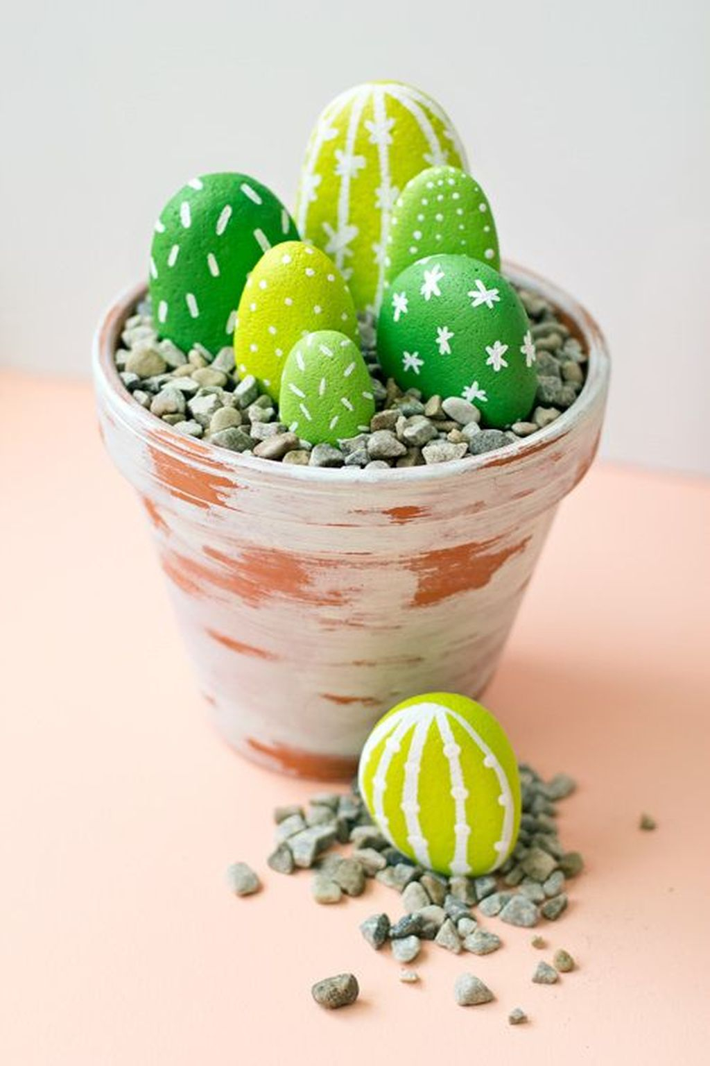 Affordable Diy Painted Rock Ideas For Home Decoration 08