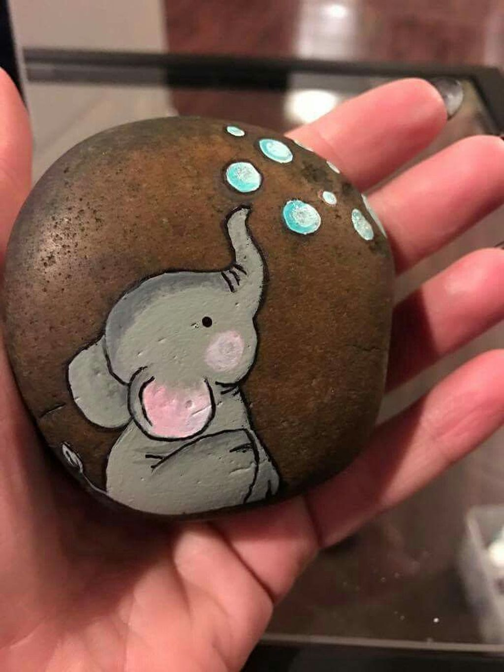 Affordable Diy Painted Rock Ideas For Home Decoration 13