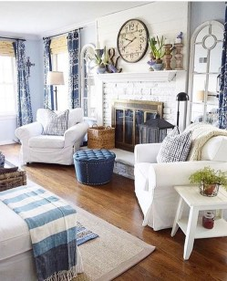 Best Coastal Living Room Decorating Ideas 28
