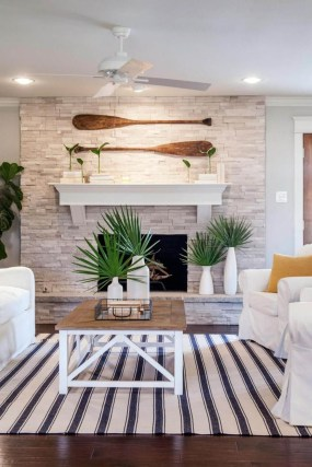 Best Coastal Living Room Decorating Ideas 43