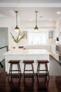Classy Kitchen Decorating Ideas To Try This Year 34