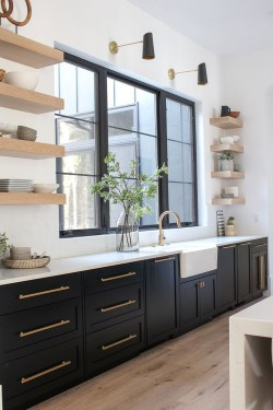 Classy Kitchen Decorating Ideas To Try This Year 44