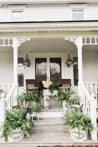 Cozy Small Porch Design Ideas To Try Right Now 41