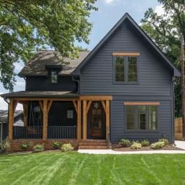 Incredible Farmhouse Exterior Design Ideas To Try 19