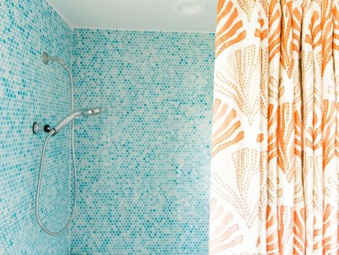 Inspiring Bathroom Decor Ideas With Turquoise Color To Consider 04