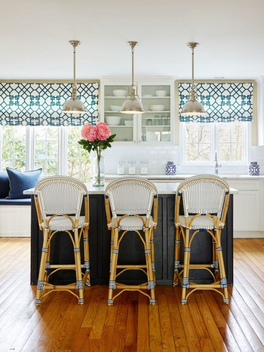 Magnificient Kitchen Cabinet Curtain Ideas To Look Stunning 17
