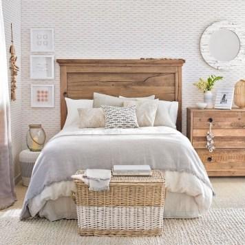 Perfect Coastal Bedroom Decorating Ideas To Apply Asap 06