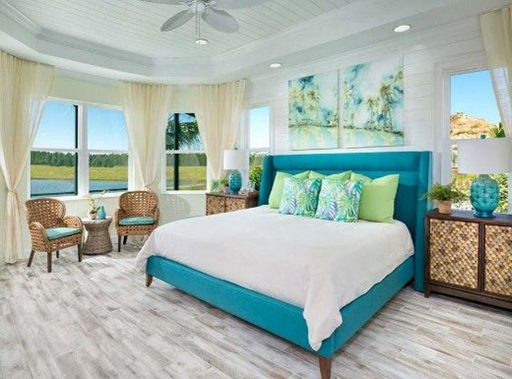 Perfect Coastal Bedroom Decorating Ideas To Apply Asap 43