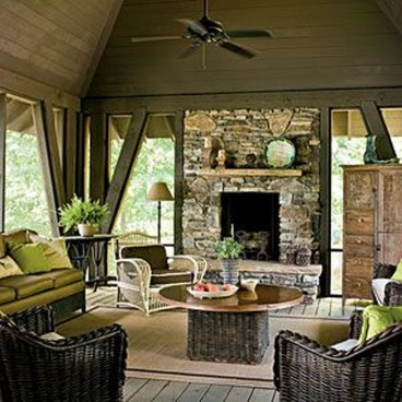 Pretty Seating Area Ideas With Outside Fireplace 04