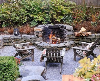 Pretty Seating Area Ideas With Outside Fireplace 16