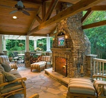 Pretty Seating Area Ideas With Outside Fireplace 38
