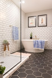 Spectacular Bathroom Tile Shower Ideas That Looks Cool 22