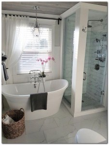 Adorable Farmhouse Bathroom Decor Ideas That Looks Cool 03