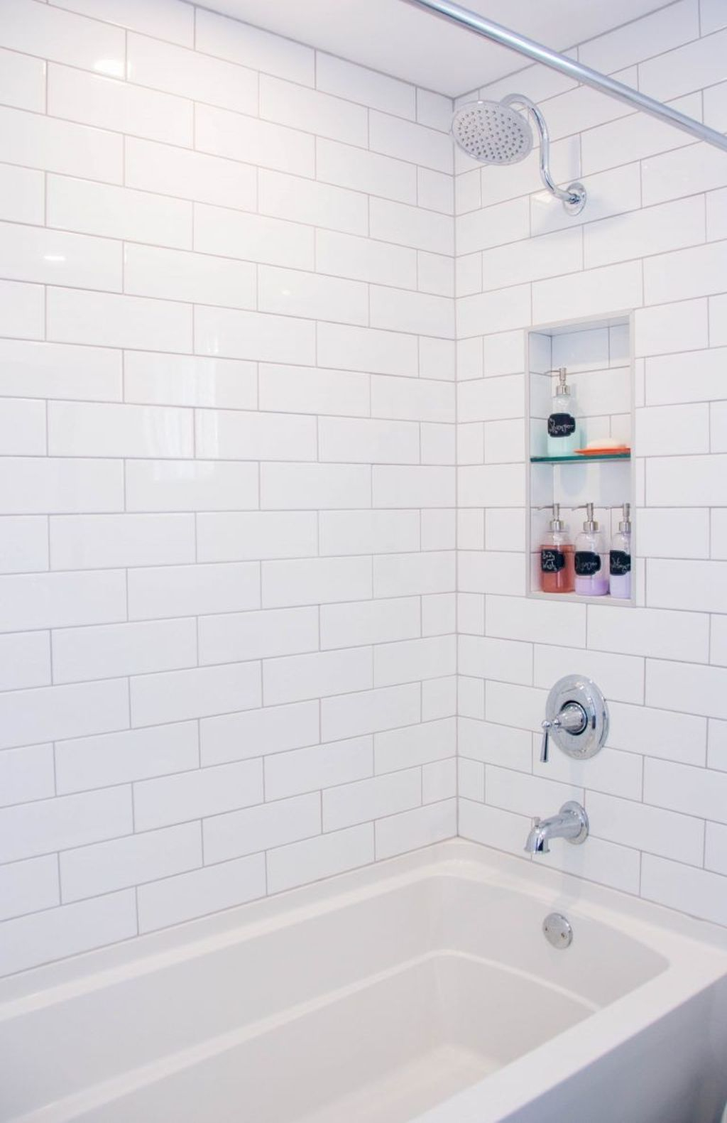 Astonishing Farmhouse Shower Tile Decor Ideas To Try 12