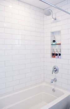 Astonishing Farmhouse Shower Tile Decor Ideas To Try 12
