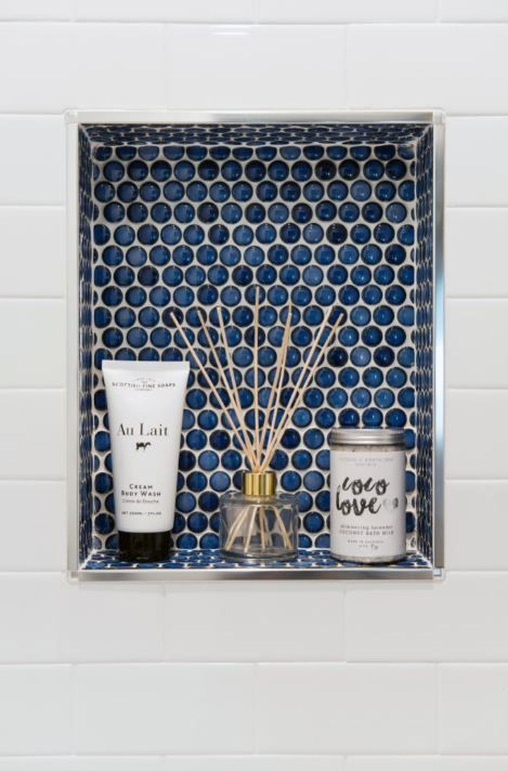 Astonishing Farmhouse Shower Tile Decor Ideas To Try 21
