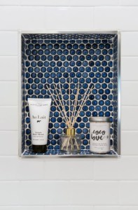Astonishing Farmhouse Shower Tile Decor Ideas To Try 21