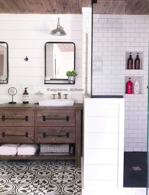 Astonishing Farmhouse Shower Tile Decor Ideas To Try 33