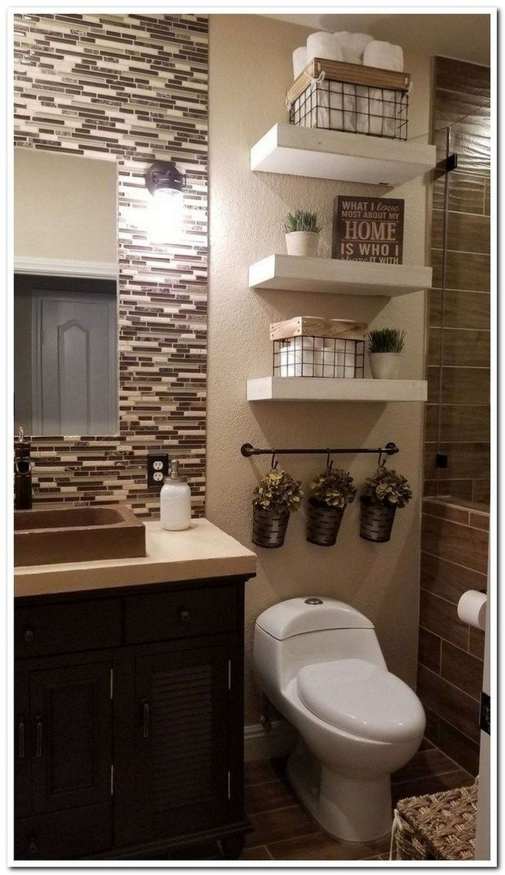Astonishing Farmhouse Shower Tile Decor Ideas To Try 35