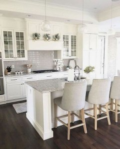 Comfy White Kitchen Cabinets Design Ideas To Try 11