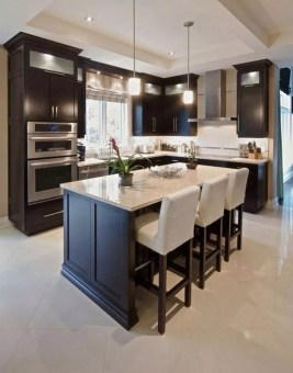 Comfy White Kitchen Cabinets Design Ideas To Try 24