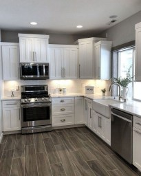 Comfy White Kitchen Cabinets Design Ideas To Try 38
