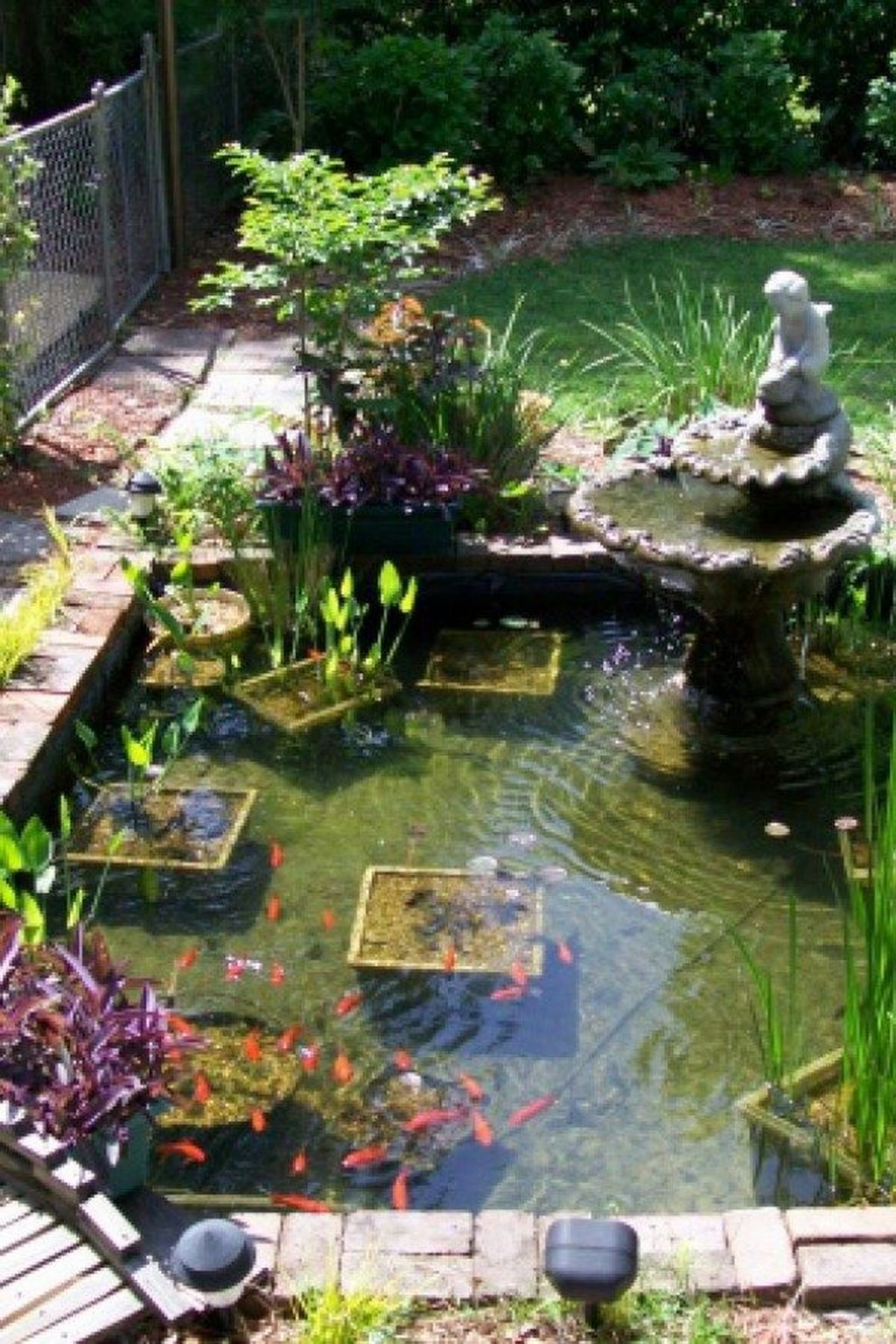 Cool Fish Pond Garden Landscaping Ideas For Backyard 25